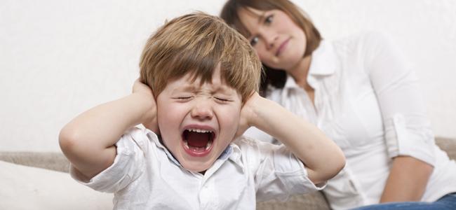 ¿Cómo puedo dejar de gritar a mis hijos?